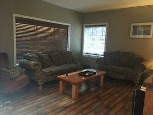 Set of couches: matching sofa, loveseat, end/side table