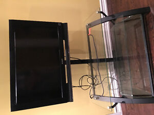 32 inch hd Sony tv with stand and remote