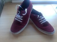 Men's Vans casual trainers Size UK12.5