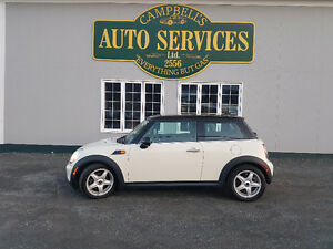 MONTH END CLEAR OUT!!!2009 R56 MINI COOPER...WE DO FINANCING!!!
