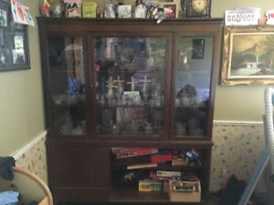 Selling a Hutch