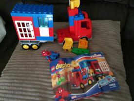 Lego duplo spiderman set with green goblin