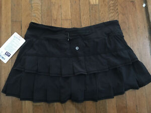 BRAND NEW LULU LEMON SKIRT