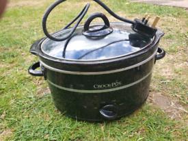 Brand new - Crock pot slow cooker