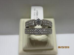 LADIES WHITE GOLD AND DIAMOND WEDDING RING SET
