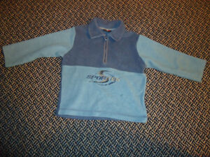Boys Size 2/3 Fleece sweater