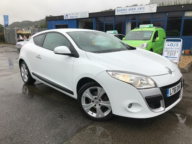 Renault Megane Dynamique Tomtom Dci Eco Coupe 1.5 Manual Diesel