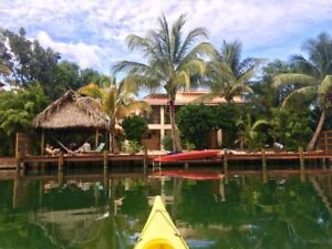 Three Iguanas Villa: Waterfront accommodation, Placencia, Belize