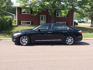 2009 Hyundai Genesis Tech V8 Sedan. Trades Considered!
