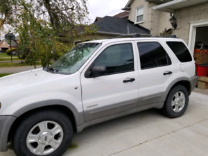 2002 Ford Escape or tell me your Best offer!!