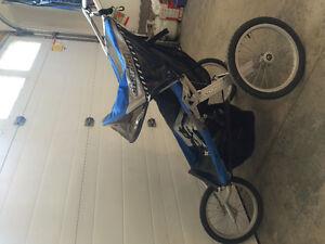 Excellent shape chariot double stroller