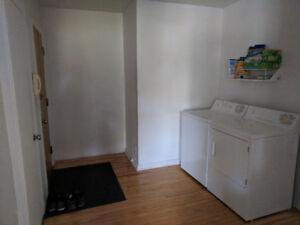 Location Chambre, dans grand 5 1/2 Villeray