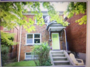 Extremely Large 1 Bedroom with full Dining room in Leaside