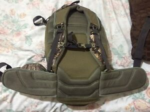 Browning camo backpack Downtown-West End Greater Vancouver Area image 4