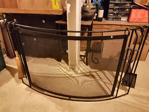 Black Wrought Iron Curved Fireplace Screen and Four Utensils