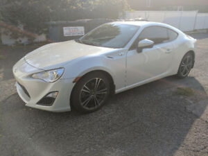 2014 Scion FR-S, TRANSFERT DE LOCATION!!