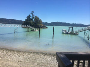 Affordable Waterfront 30 min to Victoria - East Sooke