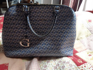 Guess G Cube Dome Purse