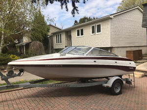 Sporty 2004 18' Tempest Bowrider with 3.0 liter Merc I/O, 135 HP