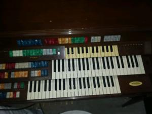 Wurlitzer total tone deluxe piano