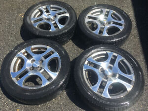 4 JANTES/MAGS 205 55 16 4 (SATURN ION3) &Pneu Hiver/Winter Tires
