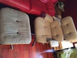 Eames vintage style lounger chair. Ottoman not included.  Peterborough Peterborough Area image 2