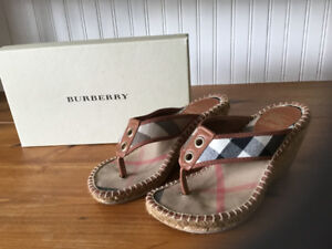 Burberry sandals Size 7