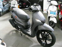 Peugeot Tweet RS 125cc Fuel Injected Euro 4 2017 model