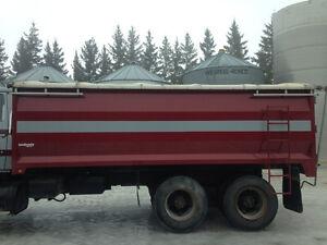 1998 midland unibody grain box
