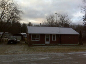 2 Bedroom Starter/Retirement/Investment property in Waltham PQ.