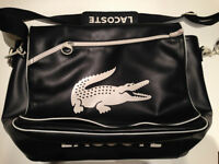 Sac Lacoste Messenger Bag. good condition