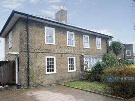 3 bedroom house in Thermopylae Gate, London, E14 (3 bed) (#973255)