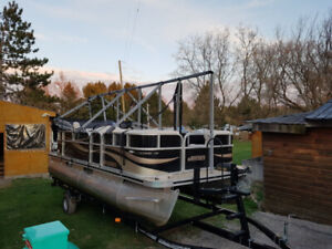 Pontoons | Kijiji in Ontario  - Buy, Sell & Save with