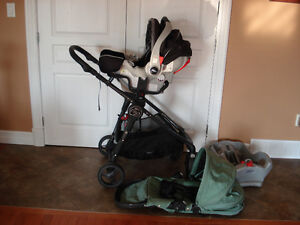 Baby Jogger City Versa stroller, car seat and adapter
