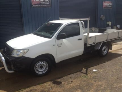 2008 Toyota hilux workmate tray top ute table Glen Innes Glen Innes Area Preview