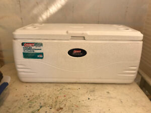 coleman 150 qt  cooler converted to reptile  incubator  $40.