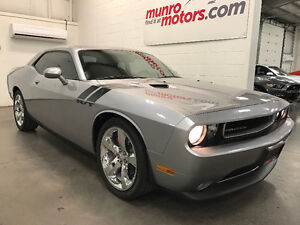 2013 Dodge Challenger R/T Classic 6 Speed Navigation Low Kms