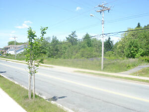 ***BUILDERS*** 4 lots possible -297 FT FRONTAGE Cobequid Rd