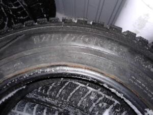 plusieurs pneus d'hiver de 14 pouces,différentes grandeurs
