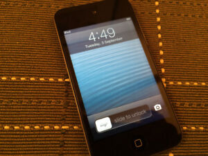 Apple iPod touch 4th Gen. [8GB] . A1367