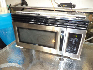 Over the range microwave - Stainless Steel