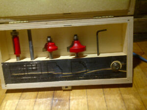 Freud   professional 4 piece router bit set