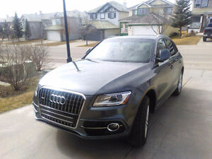 2014 Audi Q5 2.0L Technik - S-Line Package
