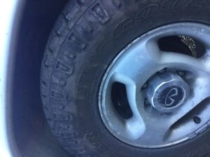 PARTS VEHICLE INFINITI QX4 (nissan pathfinder) Campbell River Comox Valley Area image 4