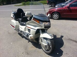 90 Honda Goldwing safety certificate included