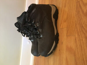 Youth size 2 hiking boots