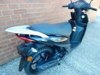 SUZUKI UK110 ADDRESS SCOOTER