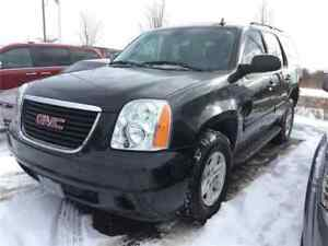 2013 GMC Yukon SLE, Sunroof, Trailer Hitch Only 68,000 KMS