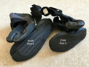 O'Neill Surf Boots - Youth Sz 6 and Child Sz 3, Excellent.
