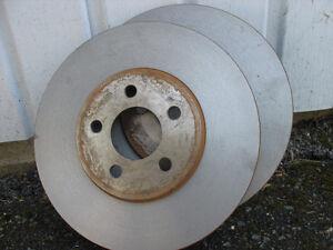 2 disques de frein avant